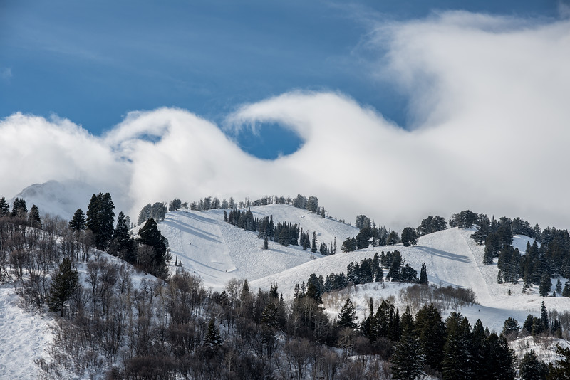 Wave clouds at Snowbasin