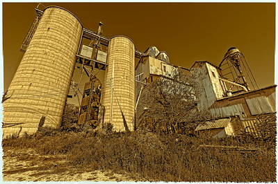 USA, Indiana, abandoned grainery