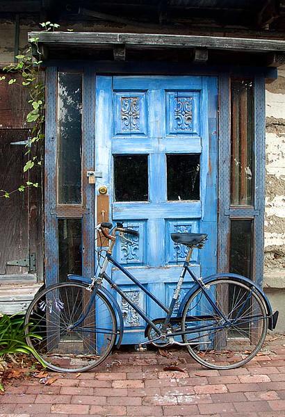 Blue Door & Blue Bike