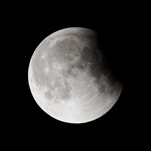 Moon-Total Eclipse and Supermoon-Shoreview MN-20150927-23:19