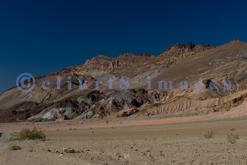 Artists Drive is a one way 9 mile drive through a vista of pastel (mint, powder blue, pink, lavender, ochre) rock formations and undulating hills. We made many stops as the photographic possibilities were endless.