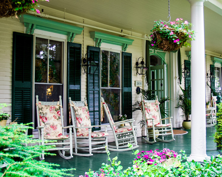 Village Country Inn - Summer Porch