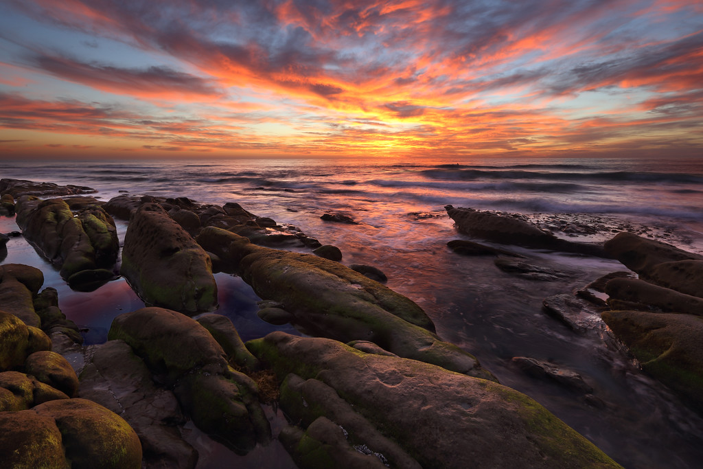IMAGE: https://photos.smugmug.com/Scenics/Seascapes/i-Rmxc8gL/0/XL/windansea-XL.jpg