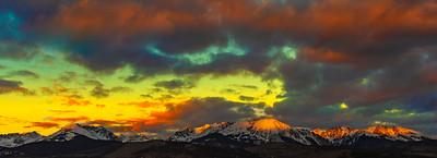 Alpenglow Sunrise on Bloodshaw