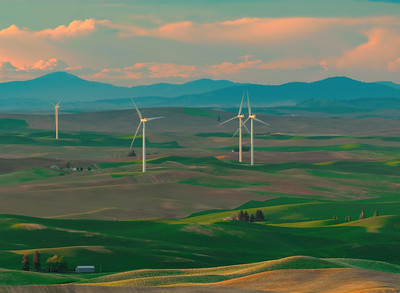 Shades of Blue Over The Palouse