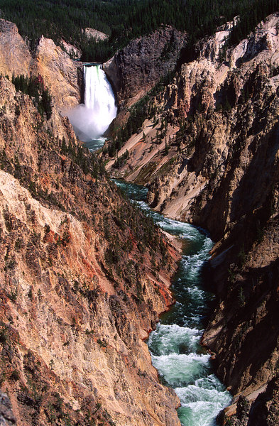 Upper Falls, Yellowstone NP<br /> (Wyoming, 2003)