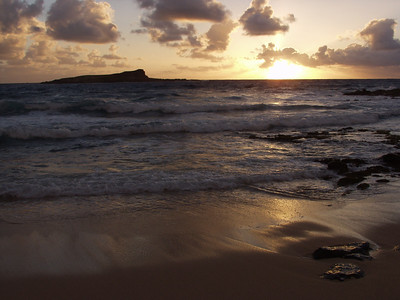 Beautiful sunrise at Makapuu beach on the island of Oahu, Hawaii.