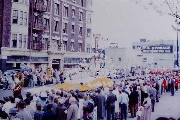 Schaeller 05 - Daffodil Parade 1959