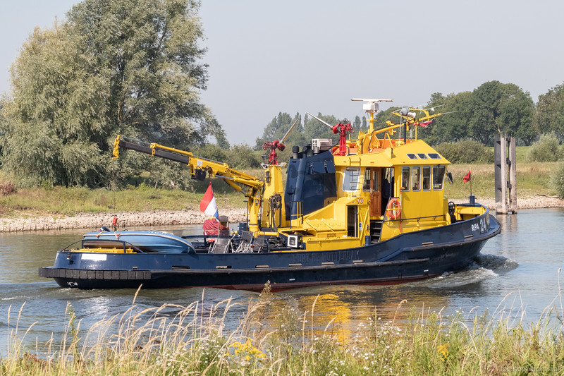"""Sperwer, dienstvaartuig 02332210 <a href=""""https://www.binnenvaart.eu/dienstvaartuig/23638-havendienst-13.html"""" target="""""""">info</a>"""