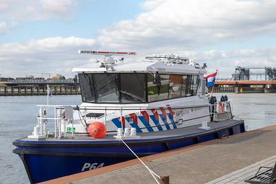 P64, dienstvaartuig 03802169 info,info2