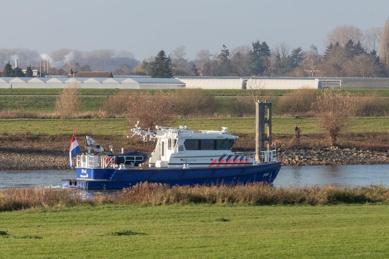 "P94, dienstvaartuig 03800877 <a href=""https://www.binnenvaart.eu/dienstvaartuig/53376-p94.html"" target=""_blank"">info</a>"