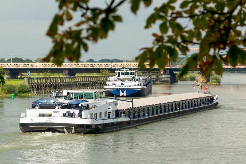 """Ideaal, vrachtschip  02318122 <a href=""""http://www.binnenvaart.eu/motorvrachtschip/7124-ideaal.html"""" target=""""_blank"""">info</a>"""