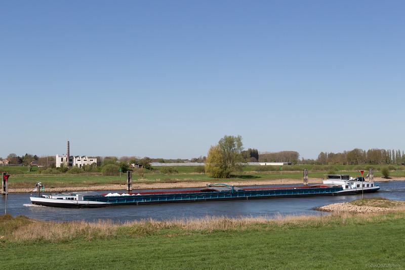 """Wijkerzand, vrachtschip 02324194 <a href=""""https://www.binnenvaart.eu/onbekend/4783-rooyaard.html"""" target=""""_blank"""">info</a>"""