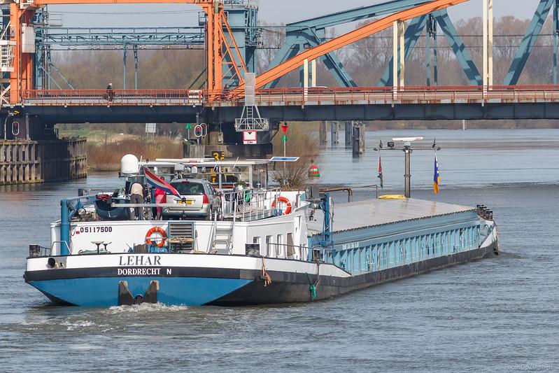 """Lehar, vrachtschip 05117500 <a href=""""https://www.binnenvaart.eu/motorvrachtschip/11534-aviso-i.html"""" target=""""_blank"""">info</a>"""