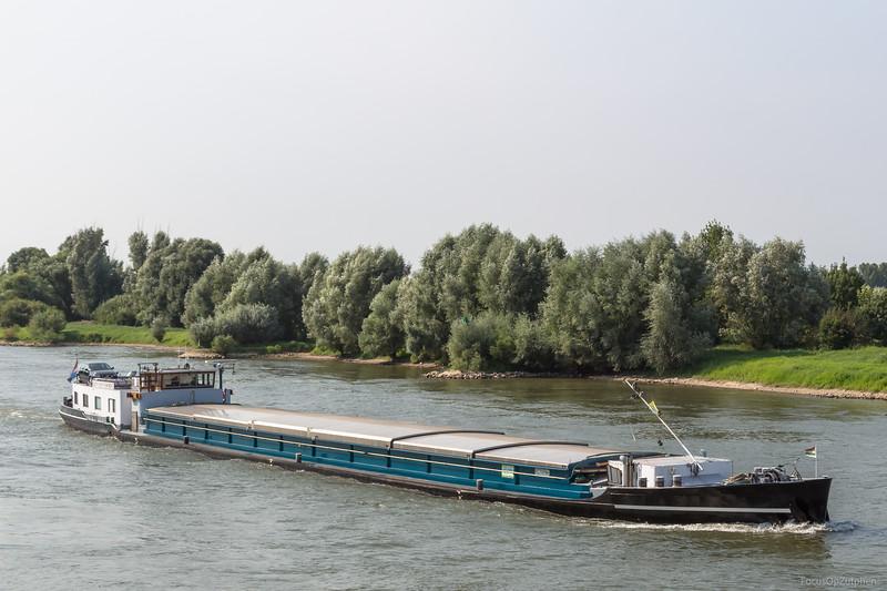 "Jan van Voorst, vrachtschip 02316566 <a href=""https://www.binnenvaart.eu/onbekend/4153-jan-van-voorst.html"" target=""blank"">info</a>"