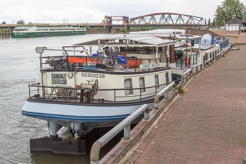 """Gandalf, passagiersschip 02305238 <a href=""""https://www.binnenvaart.eu/sleepvrachtschip/10593-jannigje.html"""" target=""""_blank"""">info</a>"""