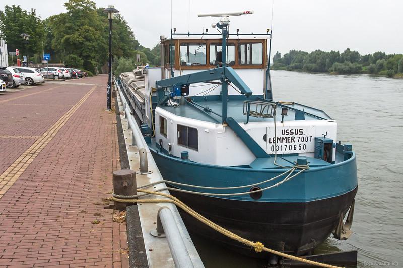 "Ussus, vrachtschip 03170650 <a href=""https://www.binnenvaart.eu/onbekend/18384-allegonda.html"" target=""blank"">info</a>"