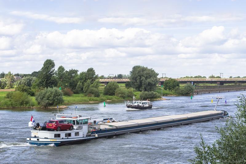 """Strick, vrachtschip 01822501 <a href=""""https://www.binnenvaart.eu/motorvrachtschip/23138-suffren.html"""" target=""""_blank"""">info</a>"""