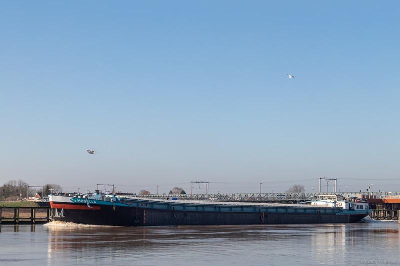 """Mosella, vrachtschip 02327455 <a href=""""https://www.binnenvaart.eu/onbekend/1521-moselland-g-z-5.html"""" target=""""_blank"""">info</a>"""