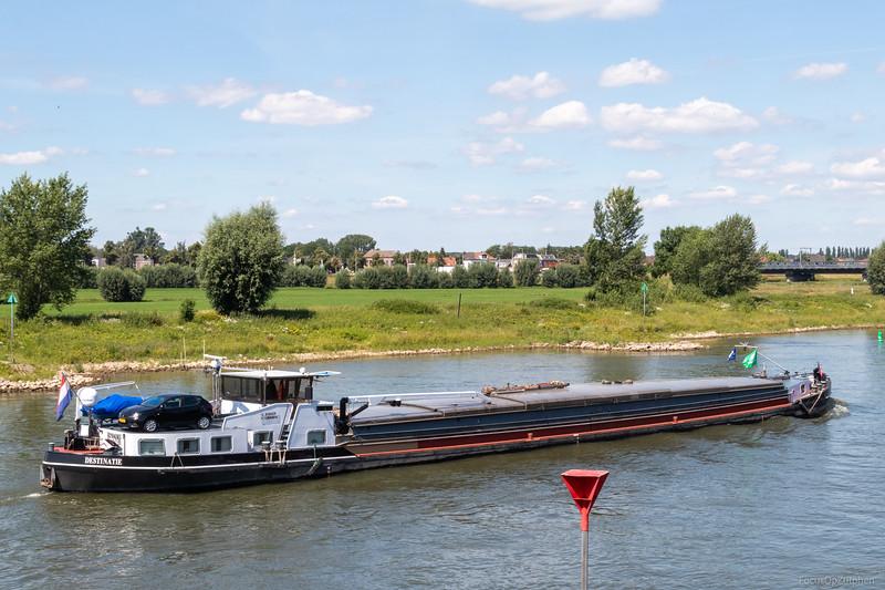 """Destinatie, vrachtschip 02104363 <a href=""""https://www.binnenvaart.eu/onbekend/9548-marajo.html"""" target=""""_blank"""">info</a>"""