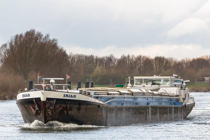 """Enja-D, vrachtschip 02204884 <a href=""""https://www.binnenvaart.eu/onbekend/11500-bruno-friedrich.html"""" target=""""_blank"""">info</a>"""