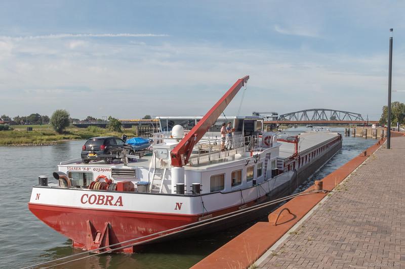 """Cobra, vrachtschip 02329201 <a href=""""https://www.binnenvaart.eu/motorvrachtschip/3250-cobra.html"""" target=""""blank"""">info</a>"""