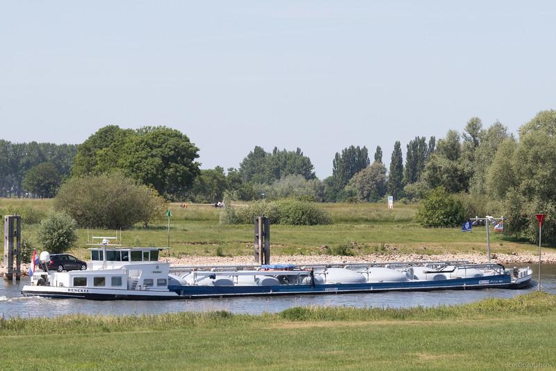 """Benckes, tankschip 02317499 <a href=""""https://www.binnenvaart.eu/motortankschip/6866-belen.html"""" target=""""_blank"""">info</a>"""