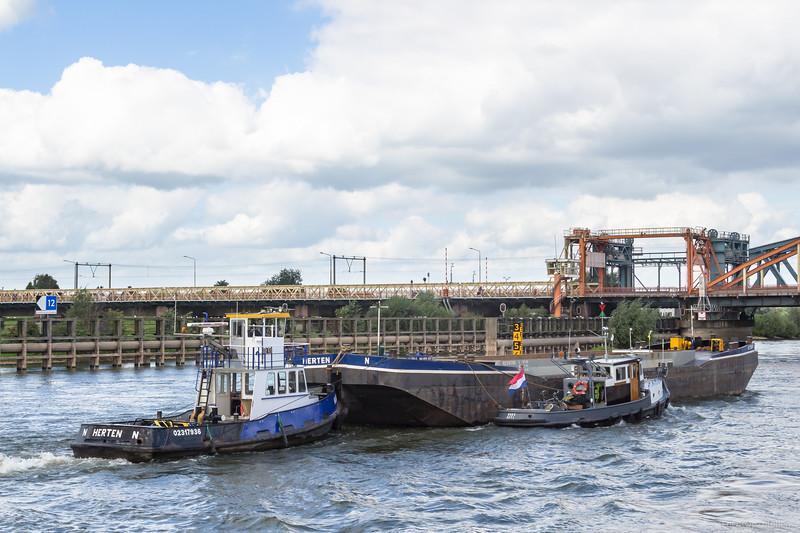 "Hulder, duwboot 02317936 <a href=""https://www.binnenvaart.eu/motorsleepboot/15502-breevaer-15.html"" target=""_blank"">info</a>"