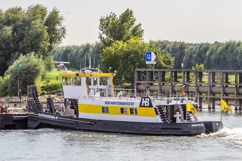 """Catharina 4, duwboot 02322887 <a href=""""https://www.binnenvaart.eu/onbekend/13351-a-797-climont.html"""" target=""""blank"""">info</a>"""