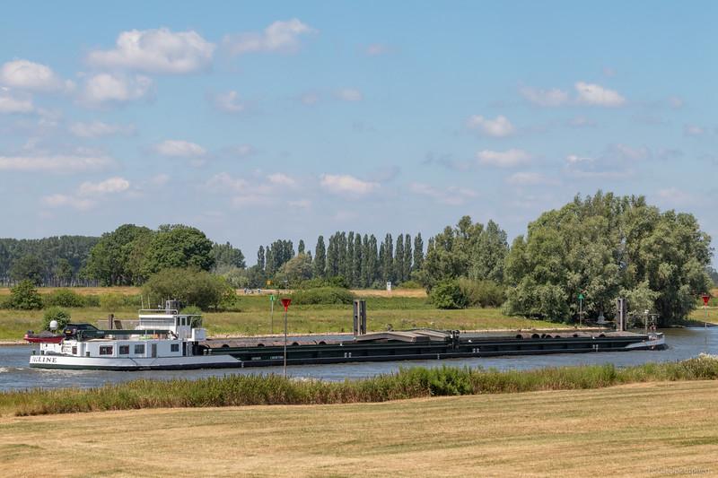 """Pauline, vrachtschip 02319078 <a href=""""https://www.binnenvaart.eu/onbekend/11576-maresma-14.html"""" target=""""blank"""">info</a>"""
