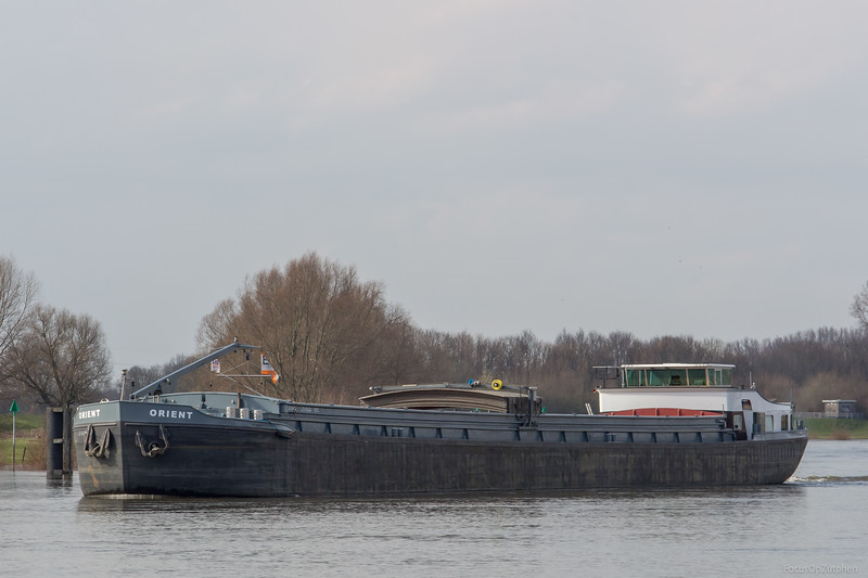 """Orient, vrachtschip 02006412 <a href=""""https://www.binnenvaart.eu/onbekend/4792-datteln.html"""" target=""""_blank"""">info</a>"""