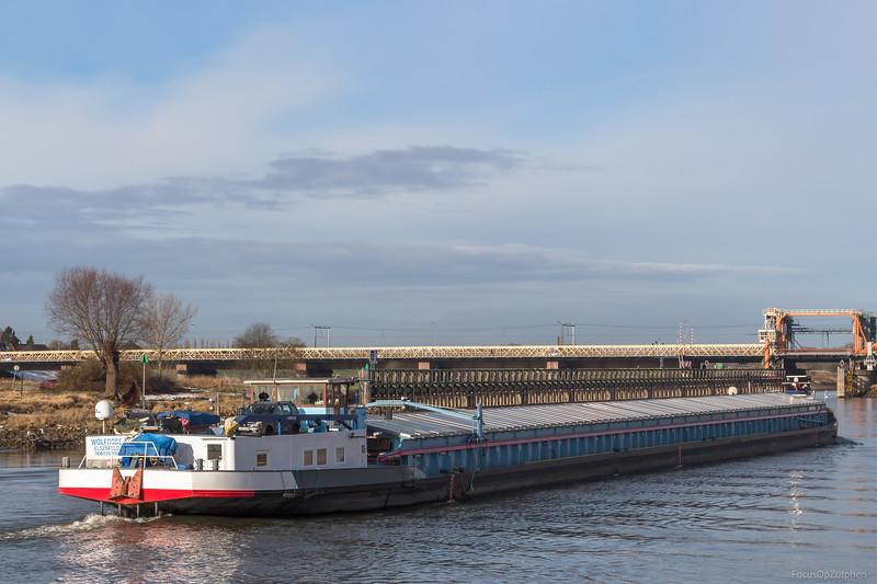 """Wolfrose, vrachtschip 04029200 <a href=""""https://www.binnenvaart.eu/onbekend/17339-anna-justina.html"""" target=""""blank"""">info</a>"""