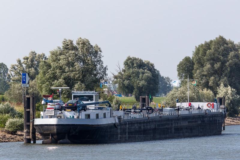 """Carpe Diem, tankschip 02319231 <a href=""""https://www.binnenvaart.eu/onbekend/2160-uniontank-7.html"""" target=""""_blank"""">info</a>"""