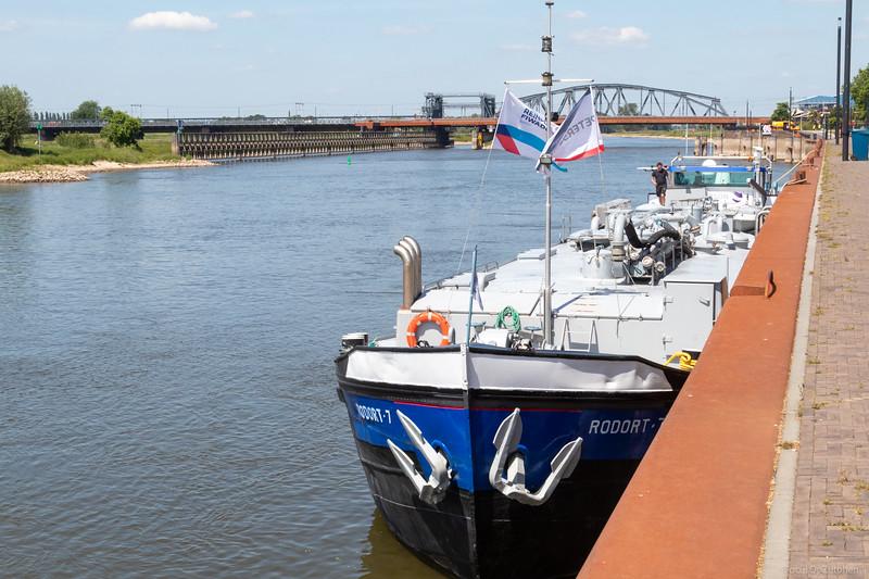 """Rodort-7, tankschip 02310502 <a href=""""https://www.binnenvaart.eu/motorvrachtschip/9592-rodort-7.html"""" target=""""_blank"""">info</a>"""