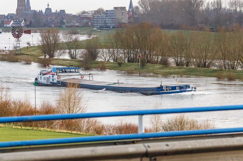 """Lindanja, vrachtschip 08000049 <a href=""""https://www.binnenvaart.eu/onbekend/13955-atlas-5.html"""" target=""""_blank"""">info</a>"""