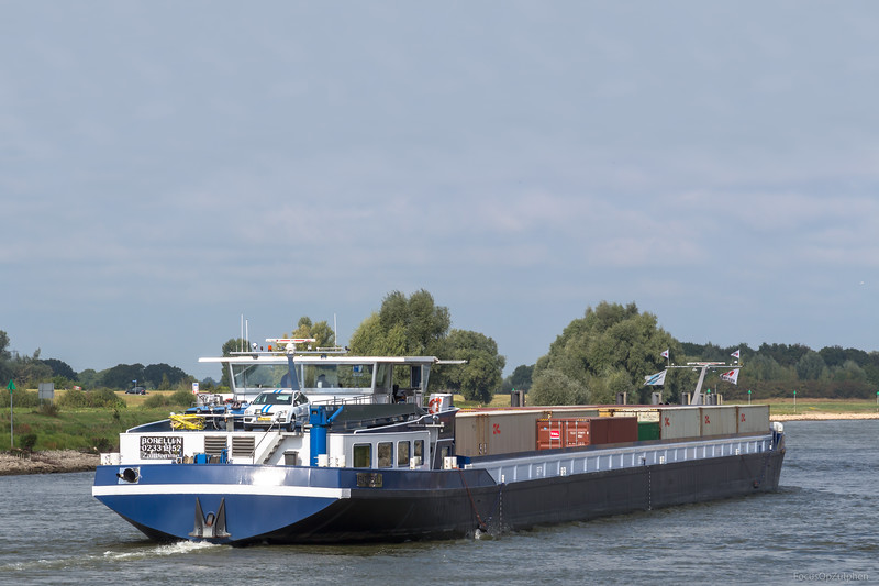 "Borelli, vrachtschip 02331952 <a href=""https://www.binnenvaart.eu/motorvrachtschip/7263-bontekoe.html"" target=""blank"">info</a>"