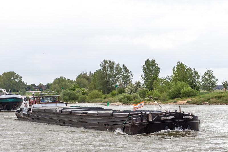 "Maris-Stella, vrachtschip 02304731 <a href=""https://www.binnenvaart.eu/sleepvrachtschip/217-zeeland.html"" target=""_blank"">info</a>"