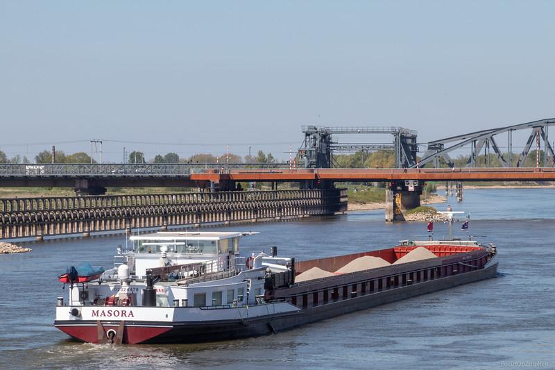 """Masora, vrachtschip 02324479 <a href=""""https://www.binnenvaart.eu/motorvrachtschip/6545-fewi.html"""" target=""""_blank"""">info</a>"""