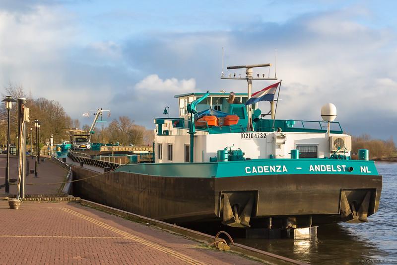 """Cadenza, vrachtschip 02104732 <a href=""""https://www.binnenvaart.eu/motorvrachtschip/2352-cadenza.html"""" target=""""_blank"""">info</a>"""