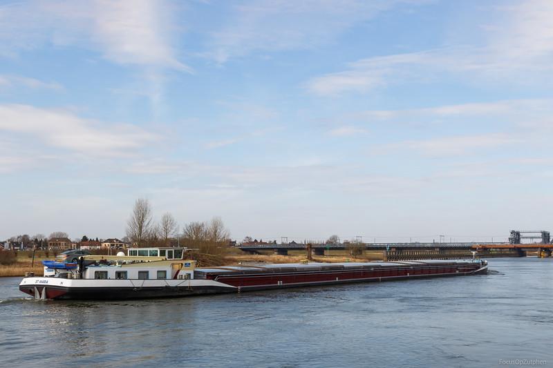 """St Maria, vrachtschip 02205129 <a href=""""https://www.binnenvaart.eu/motorvrachtschip/5058-corleon.html"""" target=""""blank"""">info</a>"""