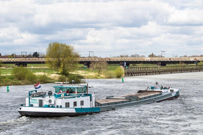 """Chamari, vrachtschip 02203735 <a href=""""https://www.binnenvaart.eu/motorvrachtschip/18381-wezet-i.html"""" target=""""_blank"""">info</a>"""