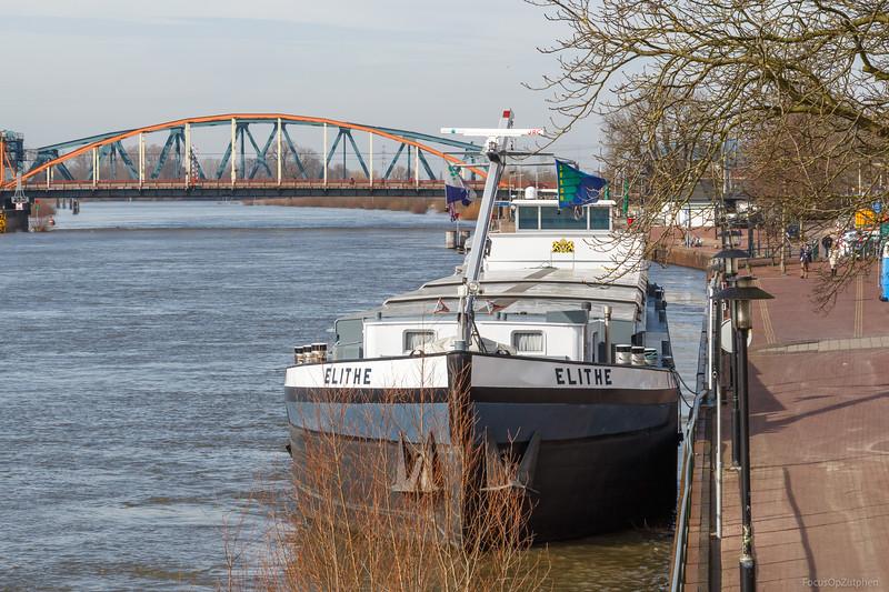 """Elithe, vrachtschip 02316296 <a href=""""https://www.binnenvaart.eu/onbekend/6711-rhenus-101.html"""" target=""""_blank"""">info</a>"""