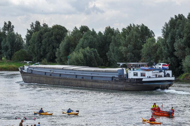 """Fortuna, vrachtschip 02317035 <a href=""""https://www.binnenvaart.eu/onbekend/245-fery.html"""" target=""""blank"""">info</a>"""