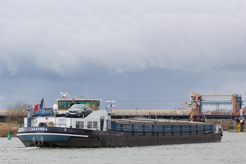 """La Furka, vrachtschip 06000133 <a href=""""http://www.binnenvaart.eu/zeilschoener/24185-onbekend.html"""" target=""""_blank"""">info</a>"""