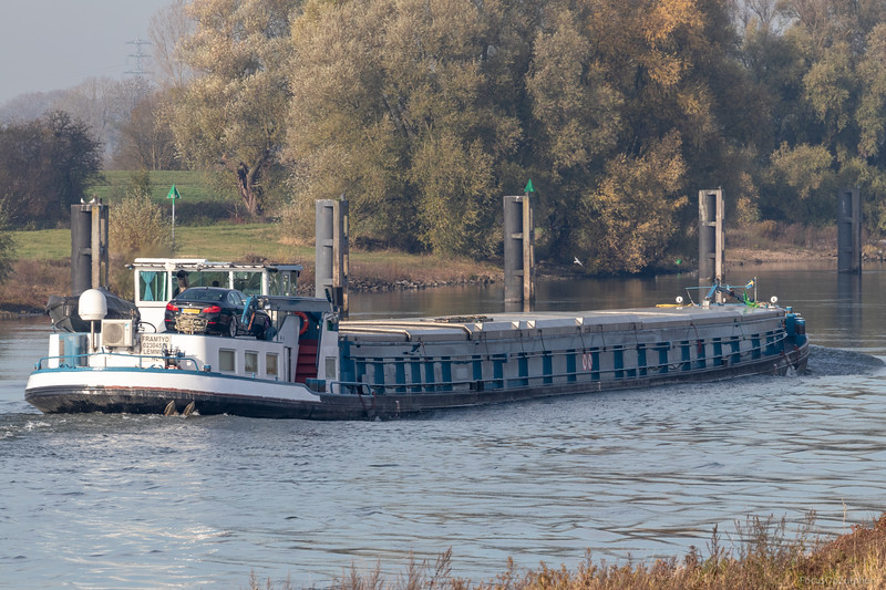 "Framtyd, vrachtschip 02304558 <a href=""https://www.binnenvaart.eu/stoomgoederenboot/30030-framtyd.html"" target=""_blank"">info</a>"