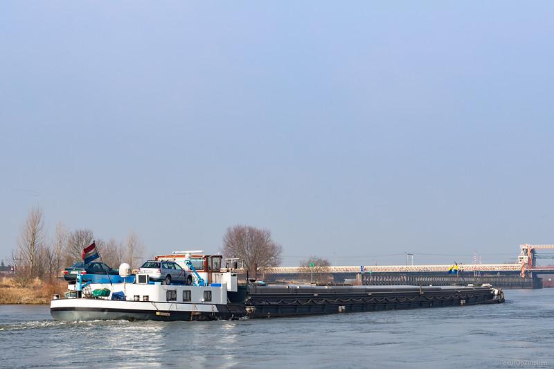 """Karola, vrachtschip 02314419 <a href=""""https://www.binnenvaart.eu/onbekend/3315-nordstern.html"""" target=""""_blank"""">info</a>"""