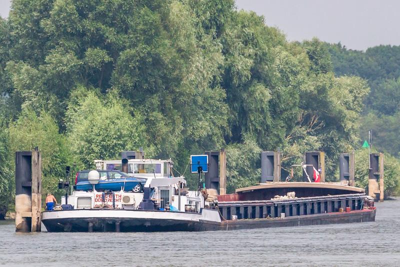 """Rehoboth, Motorvrachtschip 02320017 <a href=""""https://www.binnenvaart.eu/sleepvrachtschip/23786-rehoboth.html"""" target=""""_blank"""">info</a>"""