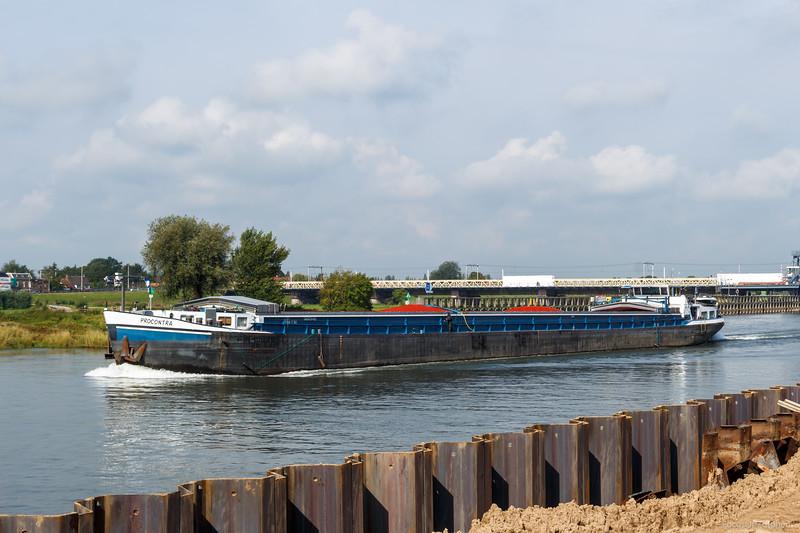 """Procontra vrachtschip 06003465 <a href=""""https://www.binnenvaart.eu/onbekend/11298-thalassa.html"""" target=""""blank"""">info</a>"""