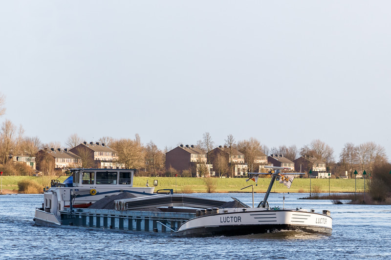 """Luctor, vrachtschip 02205143 <a href=""""https://www.binnenvaart.eu/motorvrachtschip/6628-luctor.html"""" target=""""_blank"""">info</a>"""