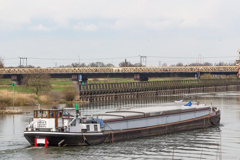 """Harja II, vrachtschip 02304639 <a href=""""https://www.binnenvaart.eu/sleepvrachtschip/167-st-antoine.html"""" target=""""_blank"""">info</a>"""